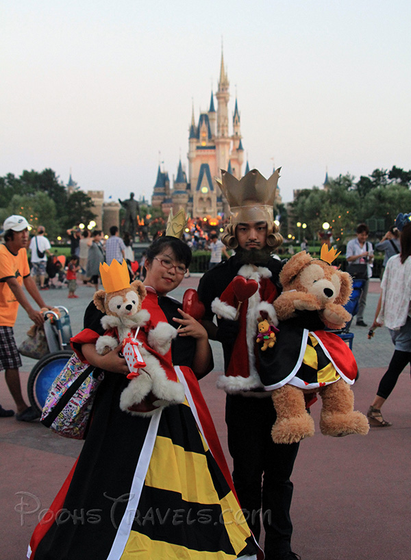 Photo Essay: 2010 Halloween Costumes at Tokyo Disneyland - Disney ...